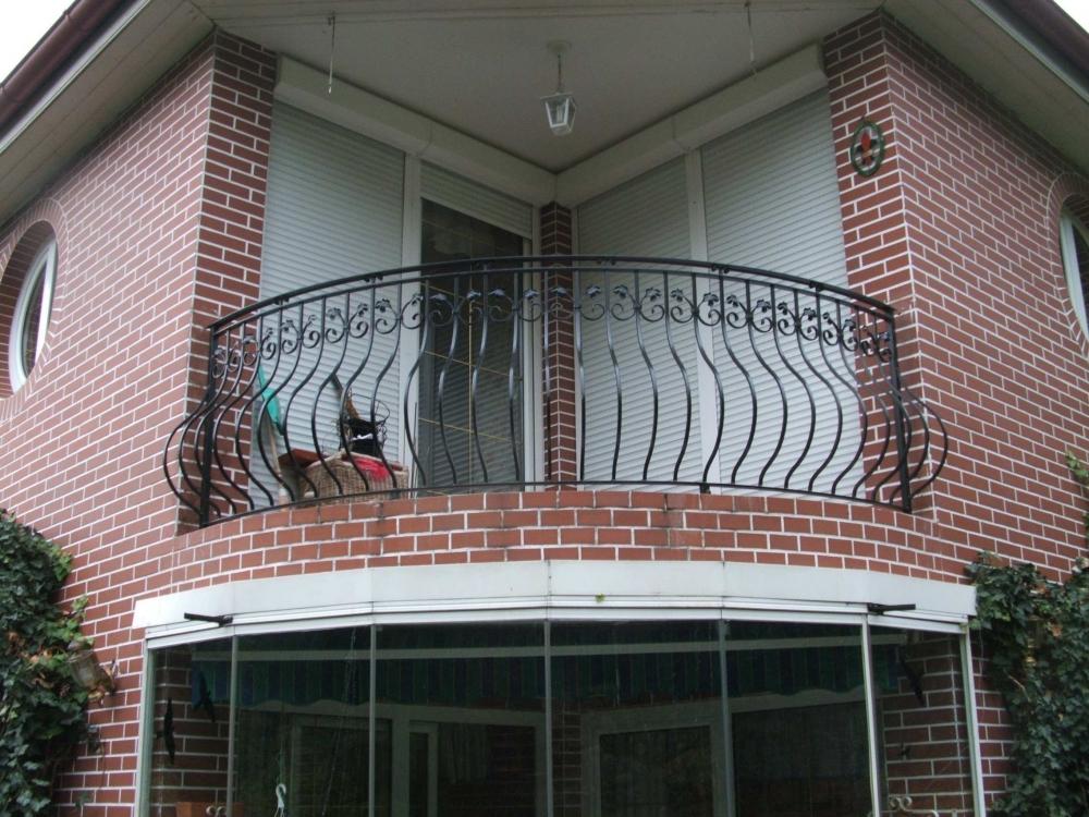 Franzsische balkone schmiedeeisen wohndesign und m bel ideen for Wohndesign karlsruhe